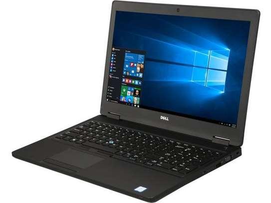 """Dell Latitude 5580 - 15.6"""" - Core i5 (7th Gen)"""