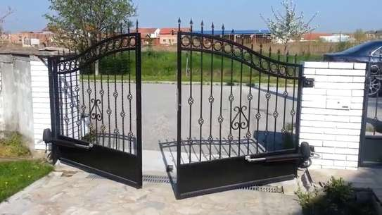Automatic Sliding and Swing gates installation image 4