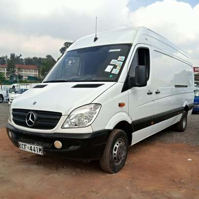Mercedes-Benz Sprinter image 2
