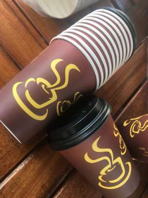 Disposable coffee cups image 2