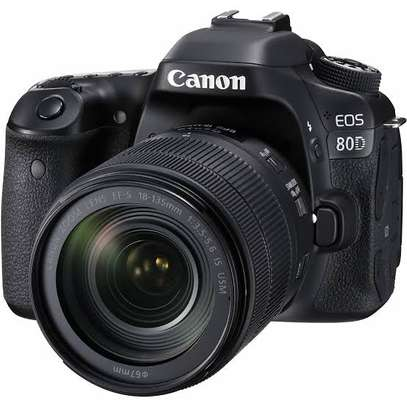 Canon 80D Camera with 18-135mm lens at 100k only