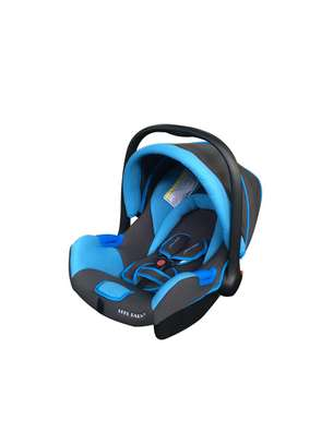 Baby Carrycot/Carseat image 8