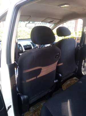 Nissan Note 2009 model on quick sale image 7
