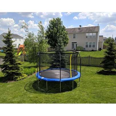 10ft,12ft trampolines for sale. Free delivery within Nairobi.