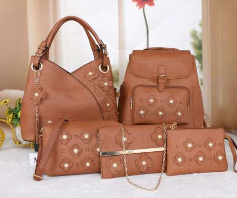 Amazing 5 in 1 Pure leather Handbags image 12