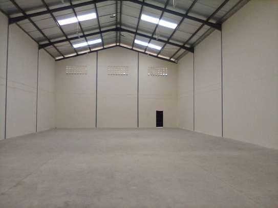 warehouse for rent in Utawala image 8