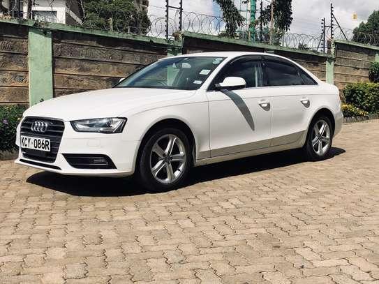 Audi A4 2.0T 2013 image 11
