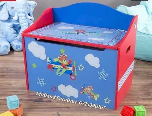 Baby toy box / kids toy box image 2