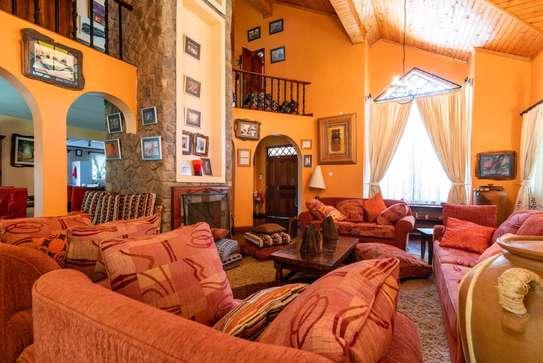 3 bedroom house for rent in Karen image 16