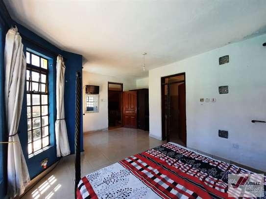 Runda - Flat & Apartment, House image 12