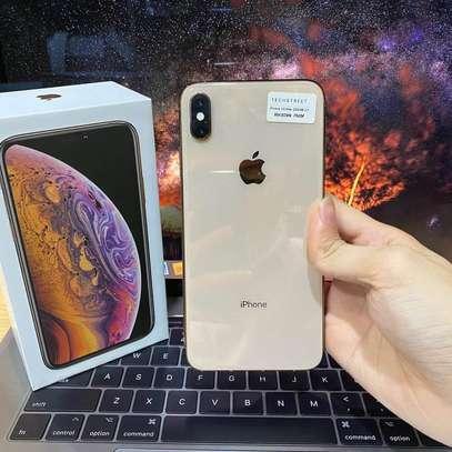 Iphone XS Max image 2