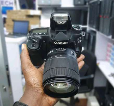CANON EOS 80D WITH 18-135mm Lens image 1