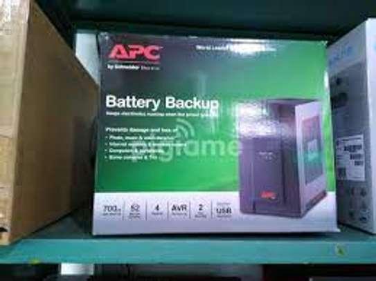 Apc Battery Back Up 700VA/ 390 Watts image 2