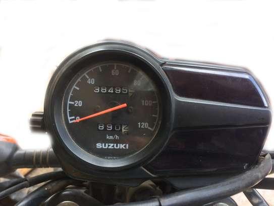 SUZUKI MOTOR BIKE image 1