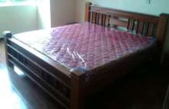 Queen Size Bed. image 1