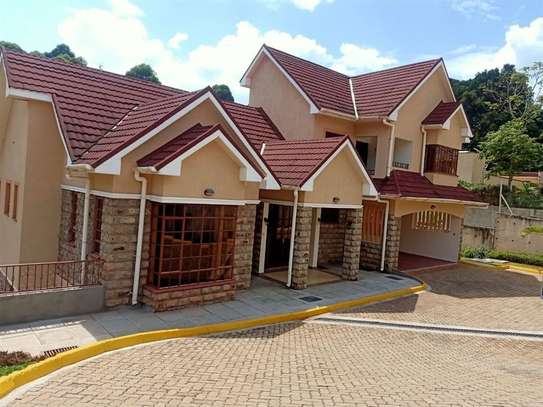4 bedroom house for rent in Rosslyn image 1