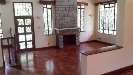 4 bedroom house for sale in Nyari image 3