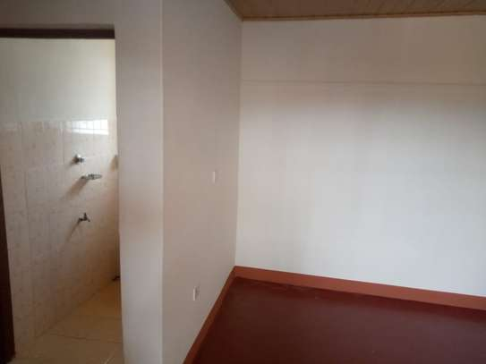 3 BEDROOM HOUSE TO LET image 3