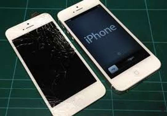 iPhone 5/5s/5c Screen Replacement image 2