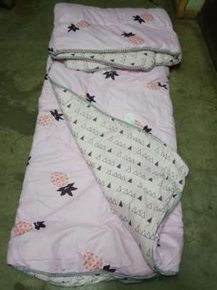 Binded quality Duvets image 9