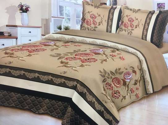bed cover with brown prints flowerly image 1