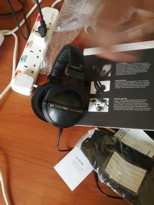 beyerdynamic DT 770 Pro 80 Limited Edition Black image 4