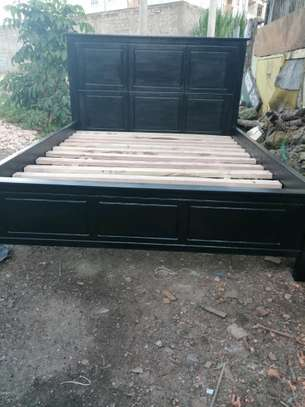 5 by 6 Mahogany bed black.. image 1