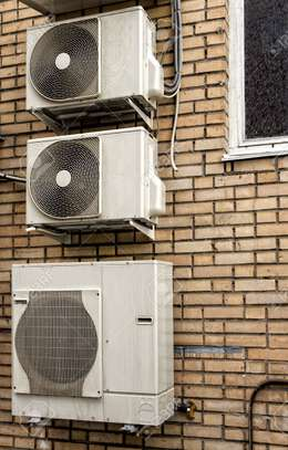 Air-Conditioning service|Best Aircon Repair,Installation & Aircon Gas Top Up. Service Guaranteed. image 10