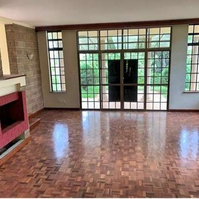 5 bedroom townhouse for rent in Rosslyn image 4