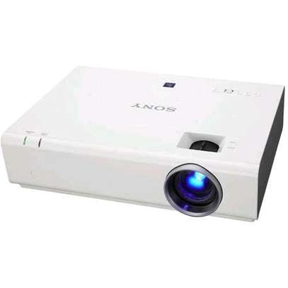 Sony VPL-DX 221 Projector image 6