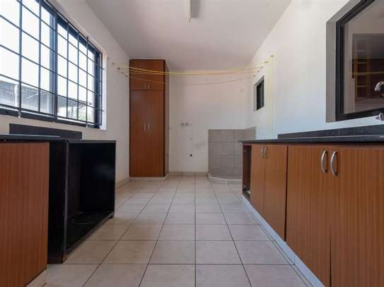 Brookside - Flat & Apartment image 7