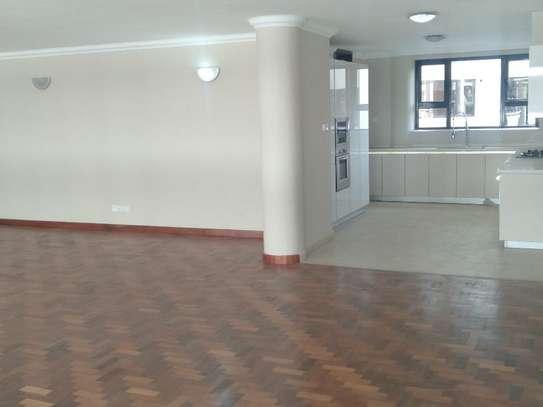 Riverside - Flat & Apartment, Flat & Apartment