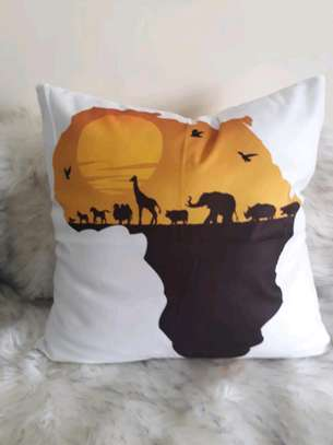 Arican decorative pillow image 2