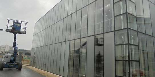 Glass tinting service   Specialist Window Film Fitters - Best Choice Of Designs image 2