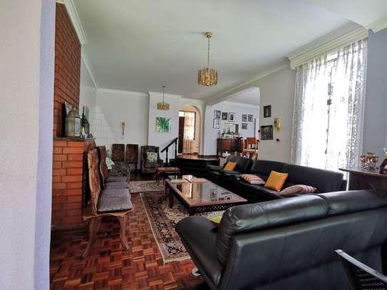 4 bedroom house for rent in Runda image 3