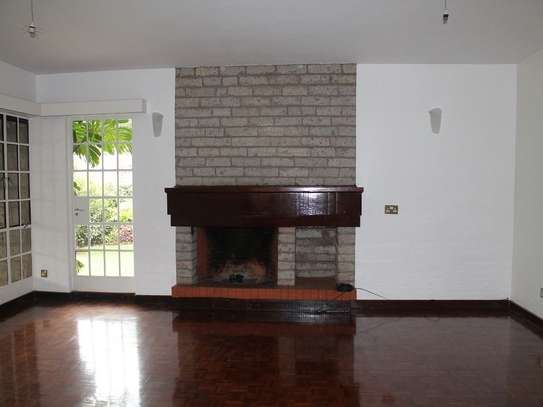 4 bedroom townhouse for rent in Muthaiga Area image 2