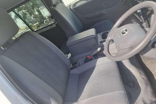 Mazda Bongo image 4