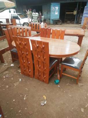 Six seater avol dining set.