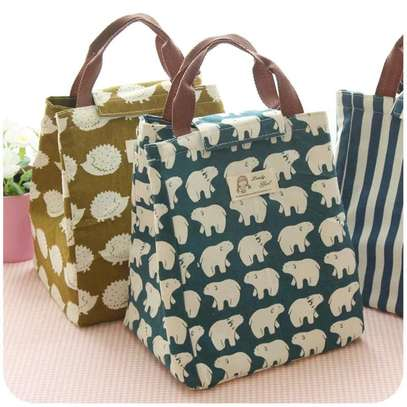 Lunch bags image 1