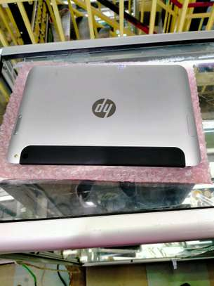 HP ElitePad 1000G2 Windows Tablet 128GB with Cover image 2