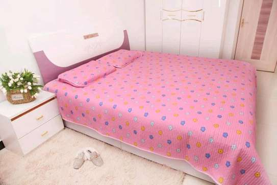 Bedcover  with 2pillowcases 6*6 image 1
