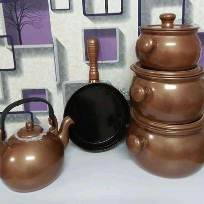 Round ceramic cookware set image 1