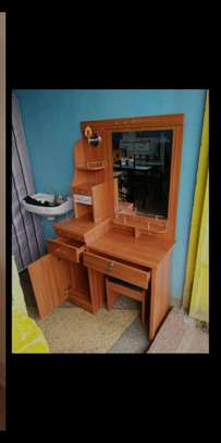 Trade show dressing table with a mirror,drawers and a stool image 1