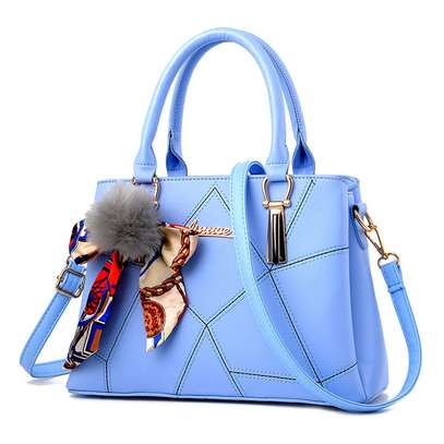 ladies handbags image 2