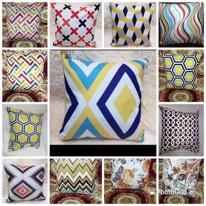 Affordable throw pillow image 9