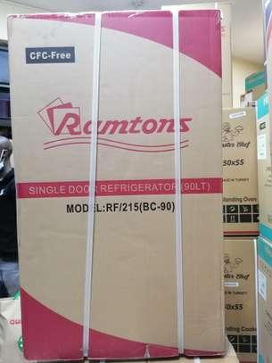 Ramtons rf 215 single door fridge image 2