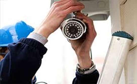 CCTV cameras installer image 1