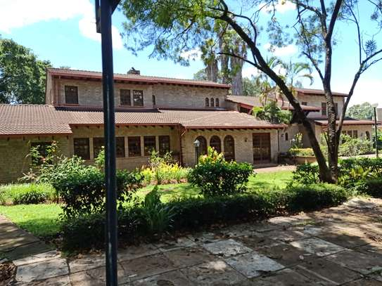 5 bedroom house for rent in Old Muthaiga image 14