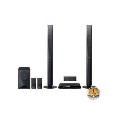 Sony DAV-DZ650 - 5.1 Ch. DVD Home Theatre System - Black image 1