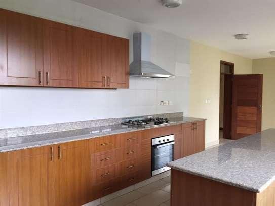 4 bedroom house for rent in Runda image 5